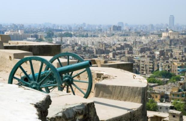 Old cannon at Saladin Citadel and modern city districts of Cairo, Egypt (Photo source: Yahoo)
